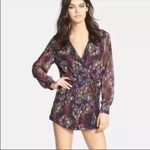 New oh my love romper size large floral print